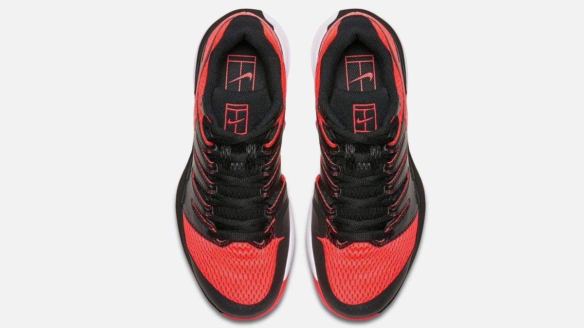 brillante en brillo imágenes detalladas sección especial Federer colabora con Nike para crear sus nuevas zapatillas ...