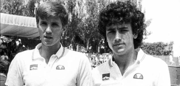 Un joven Juan Aguilera, en la previa de una eliminatoria de Copa Davis en 1983. Fuente: Lawebdeltenis