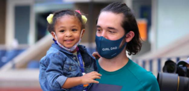 Alexis Ohanian junto a su hija Olympia. Fuente: Getty