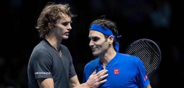 Saludo en la red entre Zverev y Federer. Fuente: Getty