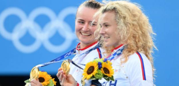 Krejcikova y Siniakova, oro olímpico en Tokio, formarán pareja como locales en Praga. Fuente: Getty