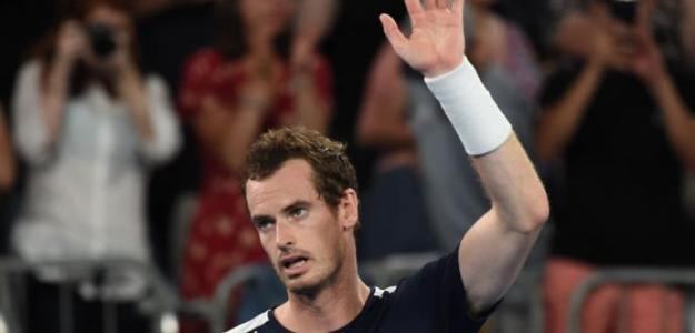 Boris Becker cree que Andy Murray debería agotar todas las vías antes de retirarse así.