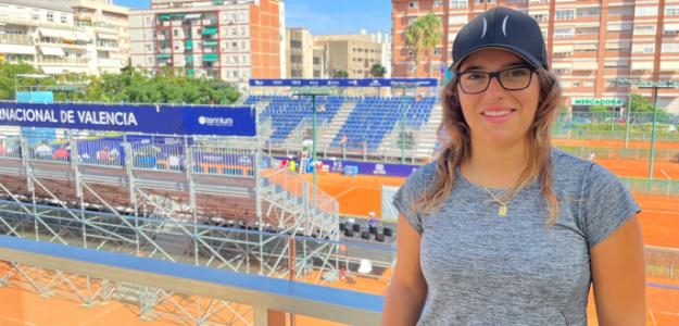 Ane Mintegi y la Pista Central del BBVA Open Internacional de Valencia. Fuente: PDB