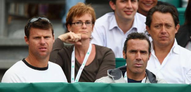 Apey, a la derecha, en el box de Murray junto a Judy Murray y Corretja. Fuente: Getty