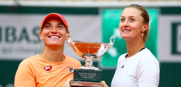 Timea Babos y Kristina Mladenovic, campeonas en Roland Garros. Fuente: Getty