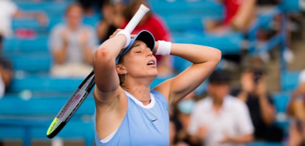 Badosa, manos a la cabeza tras el partidazo de hoy. Fuente: Jimmie48 Photography / WTA