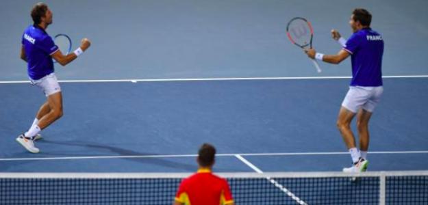 Julien Benneteau y Nico Mahut meten a Francia en la final de Copa Davis. Fuente: Getty