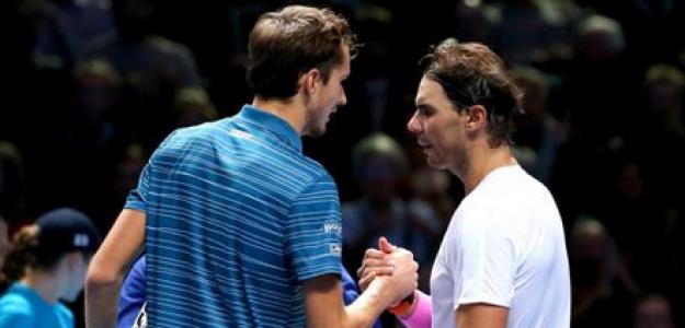 Daniil Medvedev y Rafa Nadal. Foto: Getty