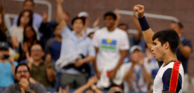 Carlos Alcaraz gana a Peter Gojowczyk en US Open 2021. Foto: gettyimages