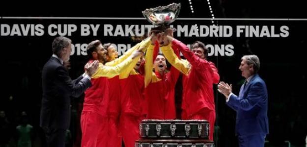 El equipo español celebrando la sexta Copa Davis de su historia. Foto: Getty