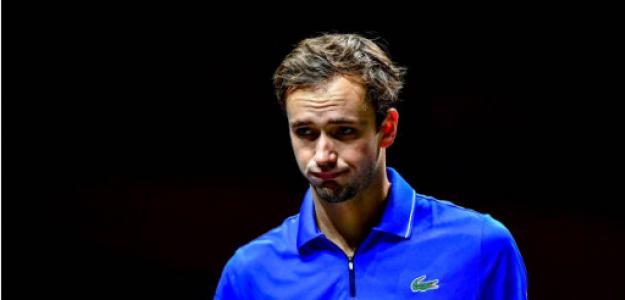 Daniil Medvedev saca de quicio a su entrenador, Gilles Cervara. Foto: gettyimages