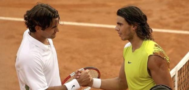 Rafael Nadal y Roger Federer se saludan tras la final de Roma 2006. Foto: Getty Images