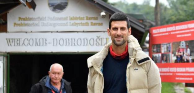 Novak Djokovic descansa en Visoko. Fuente: Getty