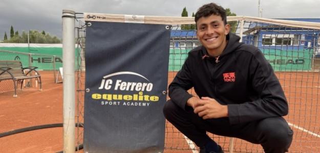 Emilio Nava en la Academia Equelite de Juan Carlos Ferrero. Fuente: PDB
