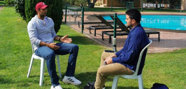 Fernando Murciego entrevistando a Fernando Verdasco. Fuente: PDB