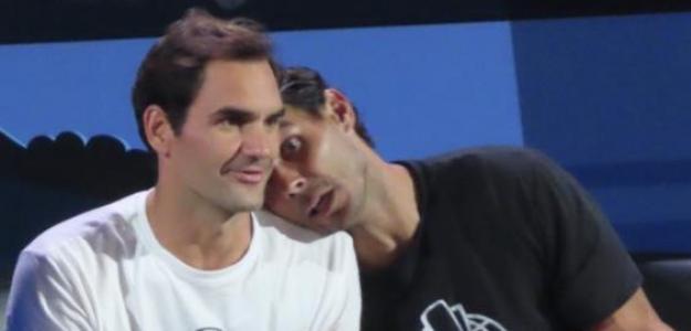 Roger Federer y Rafa Nadal, anoche en la Laver. Foto: Getty