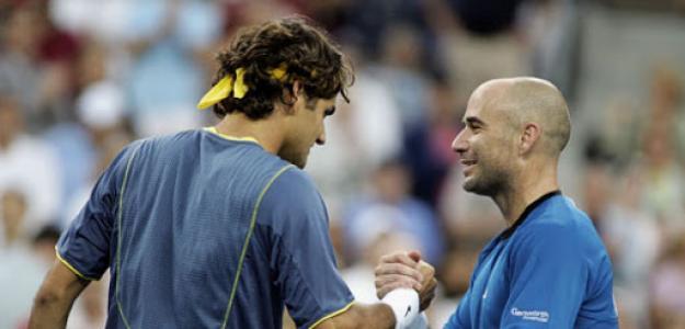 Roger Federer y André Agassi. Foto: Getty