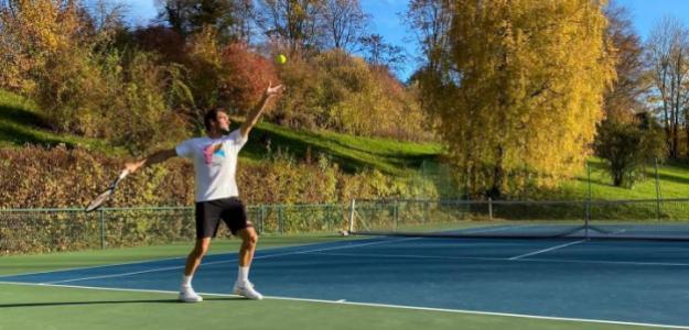 ¿Por qué necesitó Federer una segunda operación en su rodilla? Foto: @RogerFederer