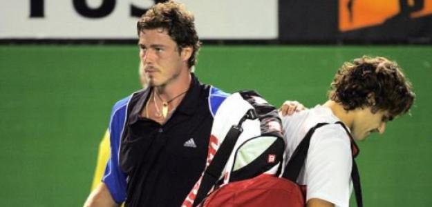 Federer tuvo matchpoints en dos de las derrotas de 2005, y sacó para ganar en una tercera.