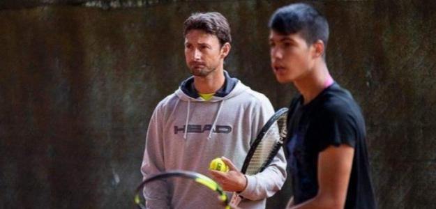 """Juan Carlos Ferrero: """"Hay que ir con calma y transmitírselo a Carlos"""". Foto: Equelite"""