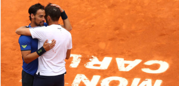 Fognini y Lajovic se abrazan tras la final de Monte Carlo 2019. Fuente: Getty