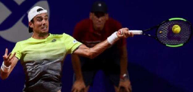 Guido Pella golpeando con su derecha. Foto: Zimbio