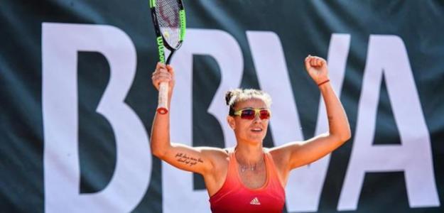 Paula Ormaechea celebra su pase a cuartos. Fuente: BBVA Open Ciudad de Valencia