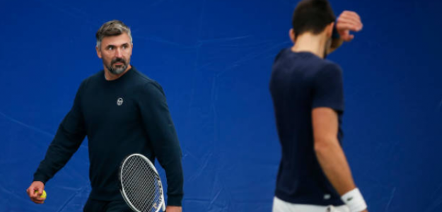 Goran Ivanisevic supervisa un entrenamiento de Djokovic. Fuente: Getty