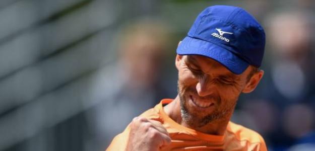 Ivo Karlovic celebrando un punto en Roland Garros. Foto: Getty
