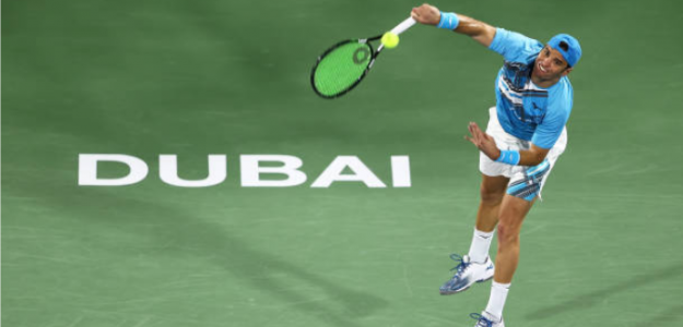 Malek Jaziri, durante su partido de primera ronda en Dubai. Fuente: Getty