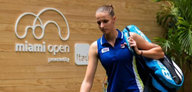 Karolina Pliskova abandonando Miami. Fuente: Getty