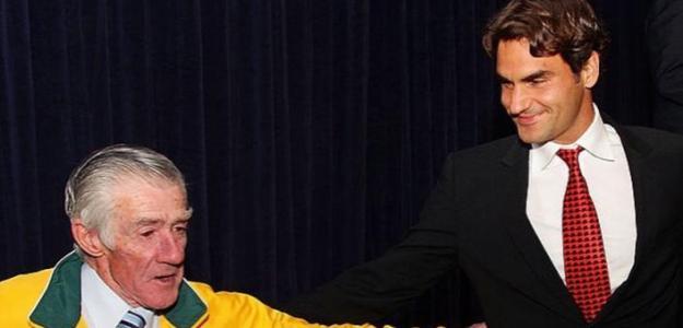 Ken Rosewall y Roger Federer. Foto: Getty