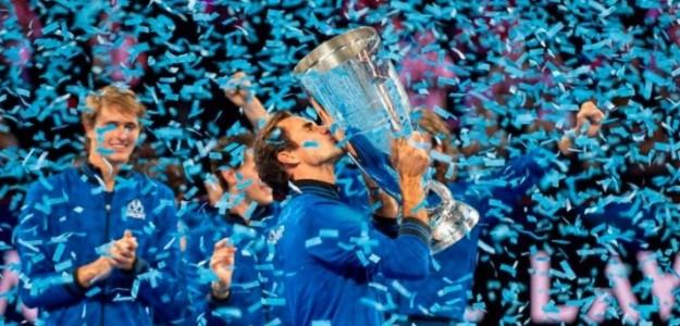 Federer con la copa en la última edición en 2019. Foto: Getty