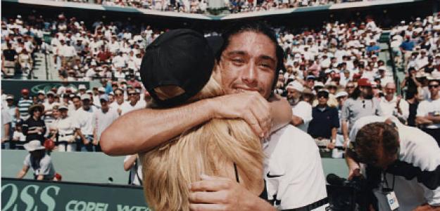 Ríos celebra junto a su novia en aquel momento. Fuente: Getty
