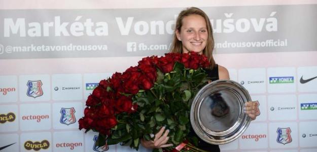 Marketa Vondrousova a su llegada a Praga. Fuente: WTA