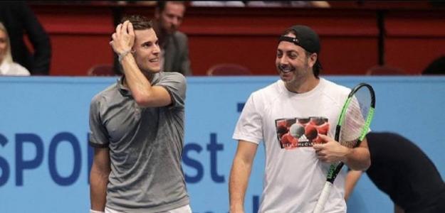 Dominic Thiem y Nicolás Massú. Foto: Getty