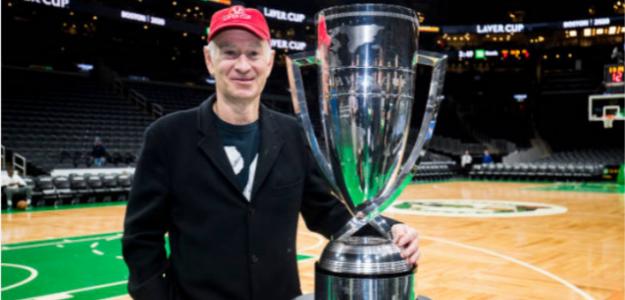 John McEnroe, con la Laver Cup. Fuente: Getty