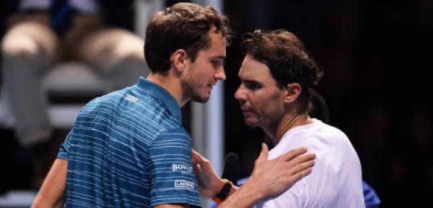 Medvedev y Nadal, tras su duelo en Londres el año pasado. Fuente: Getty