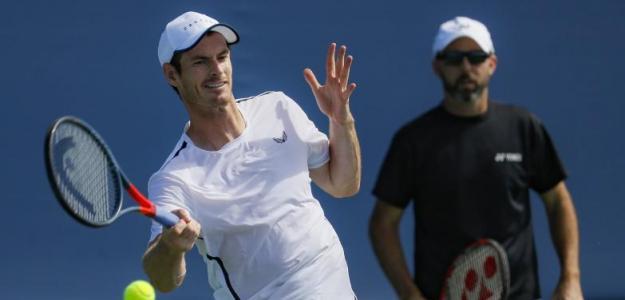 Murray, entrenando de cara el torneo estadounidense. Fuente: John Minchillo / AP