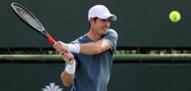 Andy Murray entrena en Indian Wells. Fuente: Getty