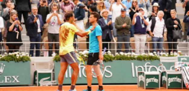 Nadal y Thiem se abrazan tras la final del año pasado. Fuente: Getty