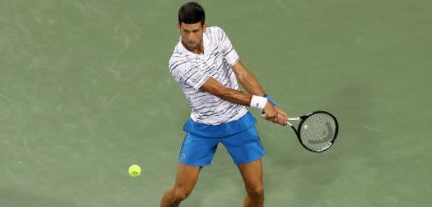 Djokovic necesitó la asistencia del fisioterapeuta en medio del partido. Foto: Getty