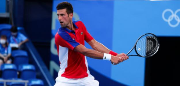 Novak Djokovic gana a Nishikori en Tokio 2021. Foto: gettyimages