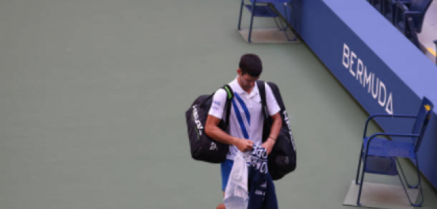 Novak Djokovic y su sufrimiento por lo ocurrido en US Open 2020. Foto: gettyimages