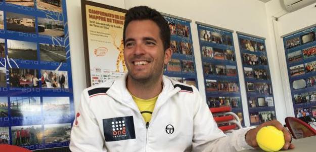 Enrique Siscar durante la entrevista en el Open de Almussafes