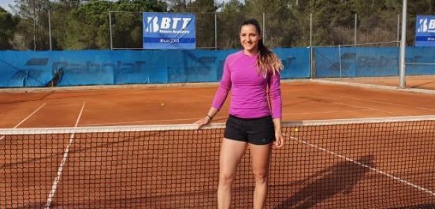 Rebeka Masarova en las instalaciones de BTT Tennis Academy. Fuente: PDB