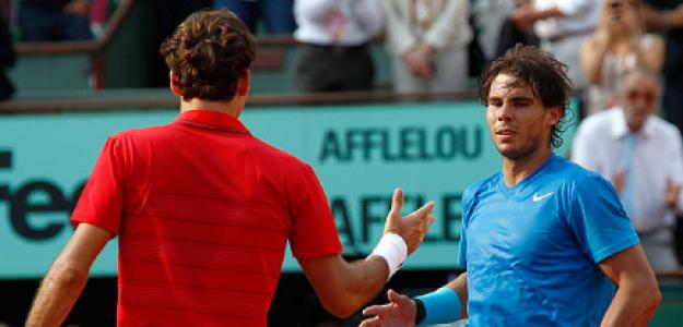 Rafael Nadal y Roger Federer en Roland Garros. Foto: gettyimages