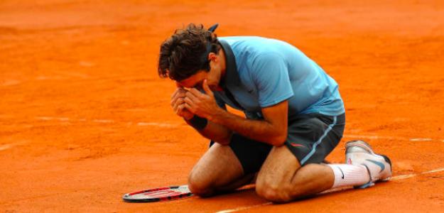 Roger Federer llora tras conquistar Roland Garros en 2009. Fuente: Getty