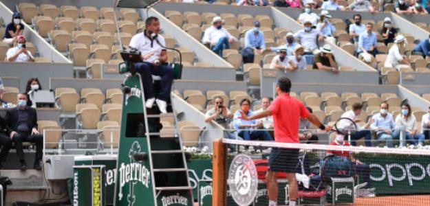 Federer se enojó por recibir un warning. Foto: Getty