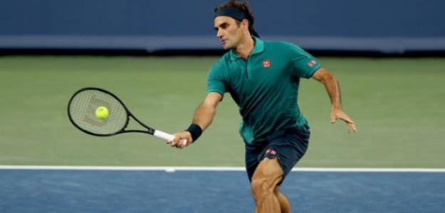 Federer da una nueva clase de tenis, en este caso de 61 minutos. Foto: Getty